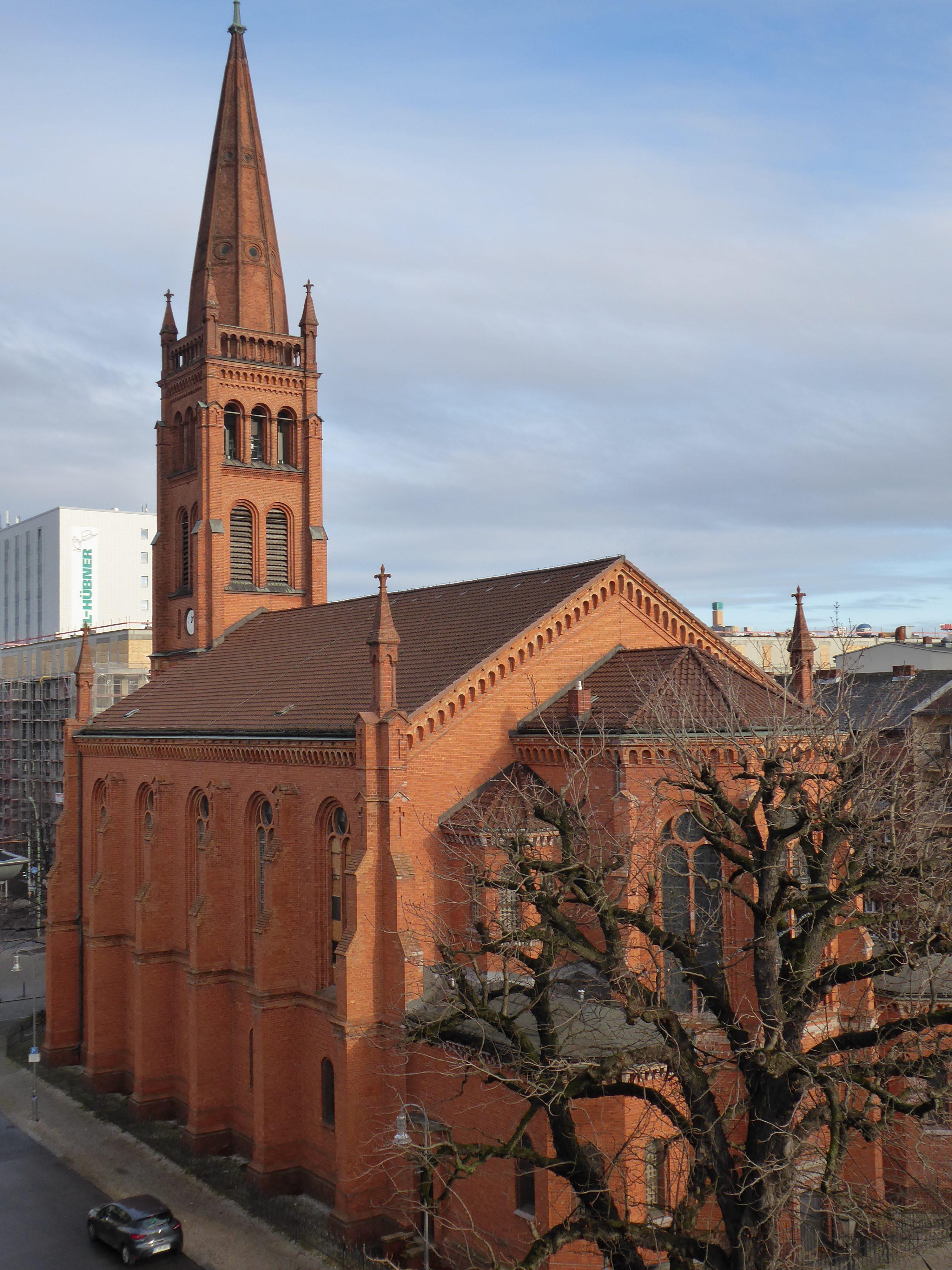 Zwölf Apostel Kirche